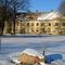 Ozolpils manor
