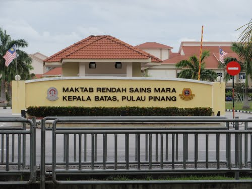 Maktab Rendah Sains Mara Kepala Batas